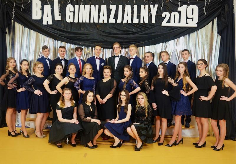 077ac72421 Ostatni bal gimnazjalny w Staszicu